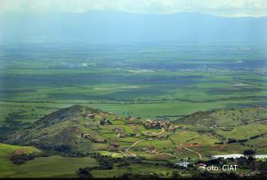 """Espacio de Diálogo """"Políticas Públicas y Equidad Territorial en América Latina"""""""